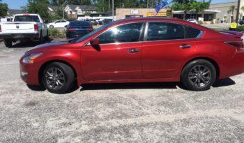 2015 Nissan Altima 2.5 S Sedan 4D full