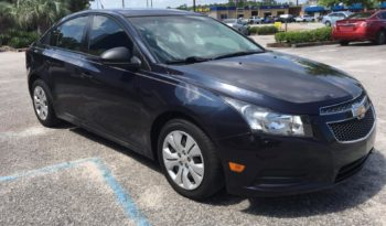 2014 Chevrolet Cruze LS Sedan 4D full